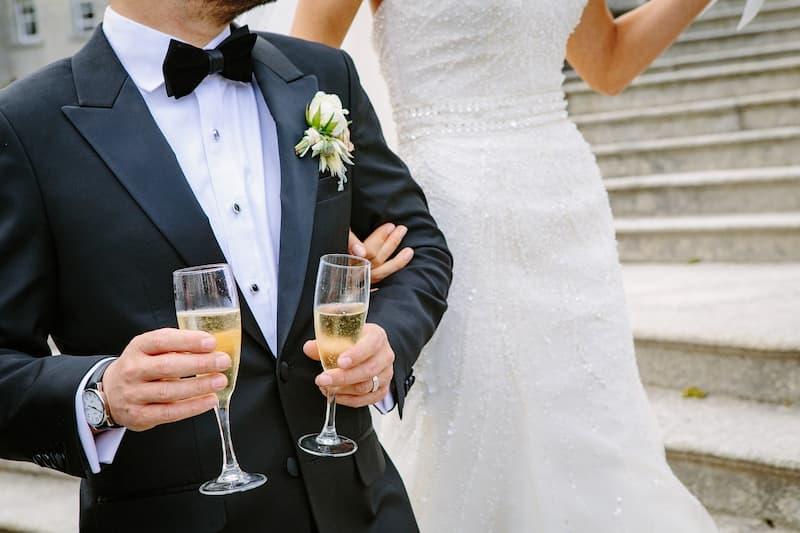 Como economizar no casamento?