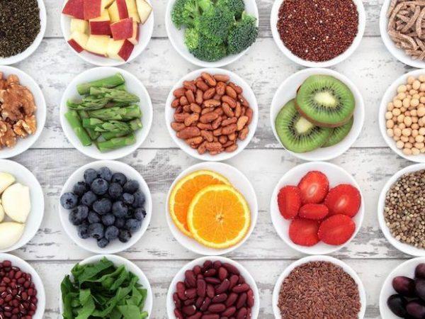 Frutas LOW CARB: veja quais comer sem atrapalhar a dieta